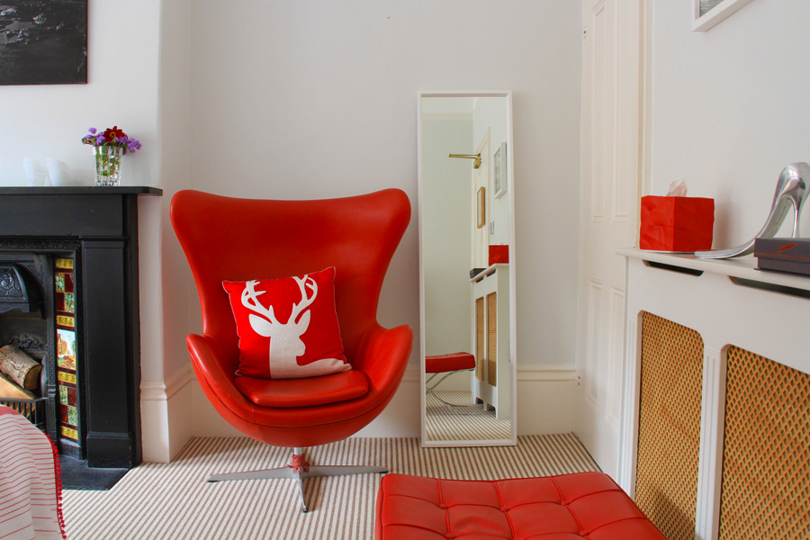 Red Room at Laindons Bed and Breakfast Hastings