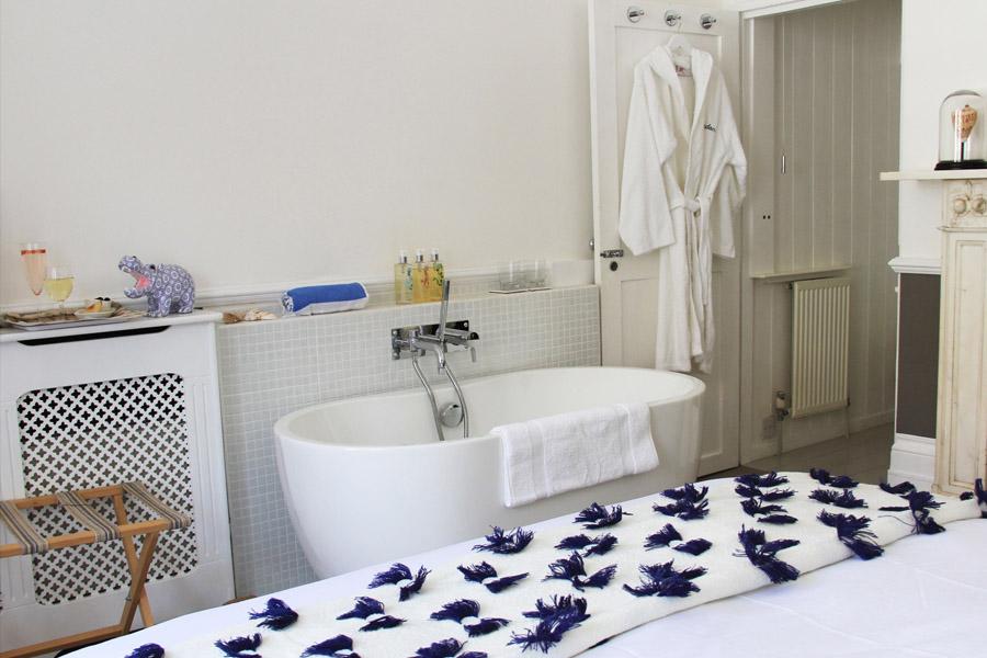 Blue room luxury